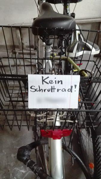 mit schild kein schrottrad_kasch_kl